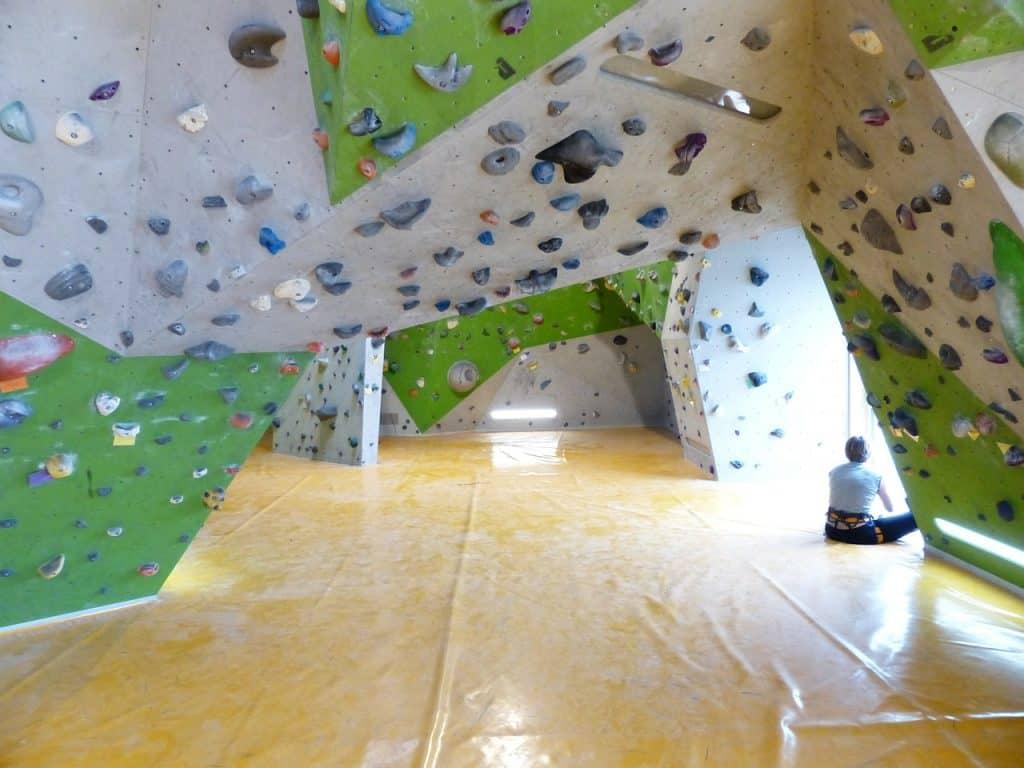 climbing walls Course