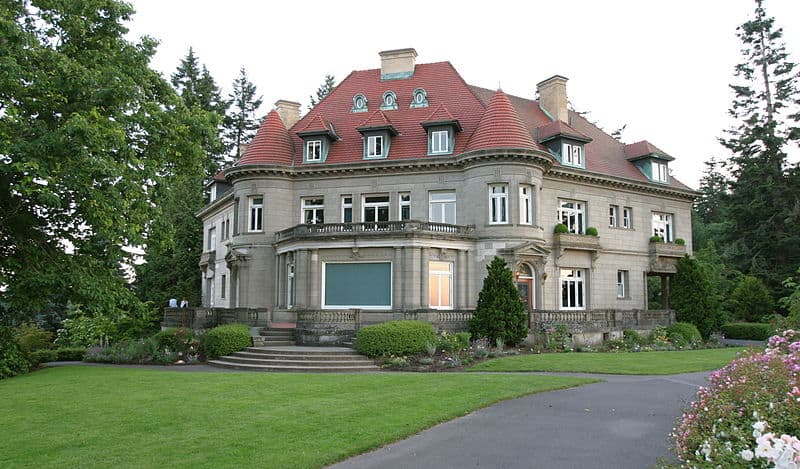 Pittock Mansion - Places to Visit in Portland