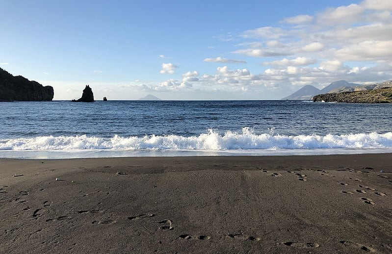 Spiaggia Sabbie Nere in Vulcano