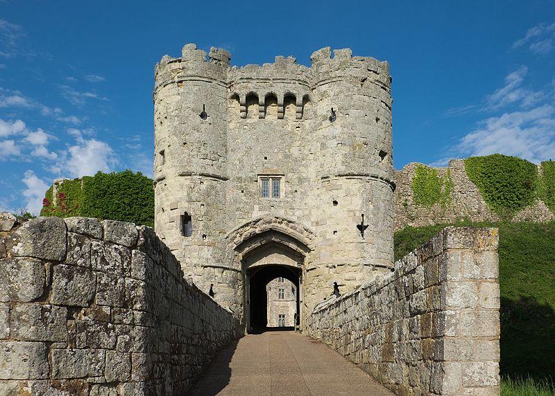 Carisbrooke Castle - Best Castles to Visit in England