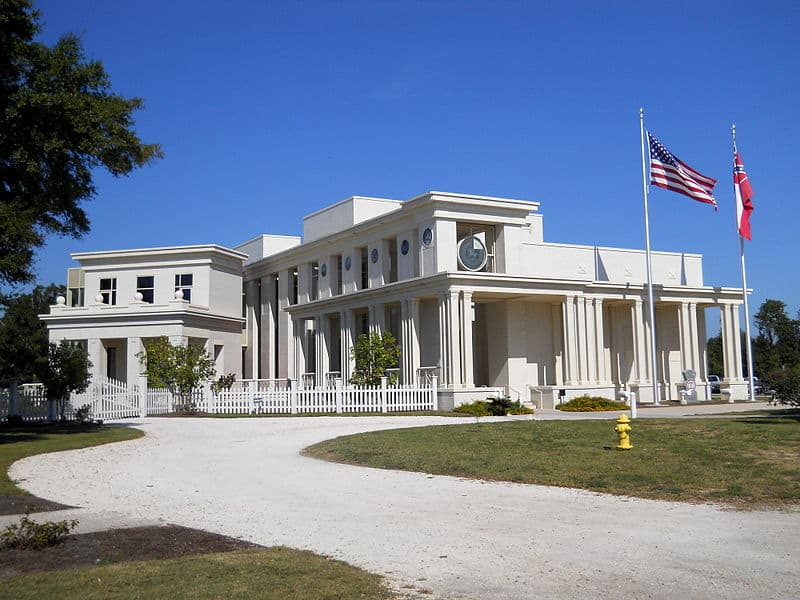 Jefferson Davis Home and Presidential Library- Free Things to Do in Biloxi, Mississippi
