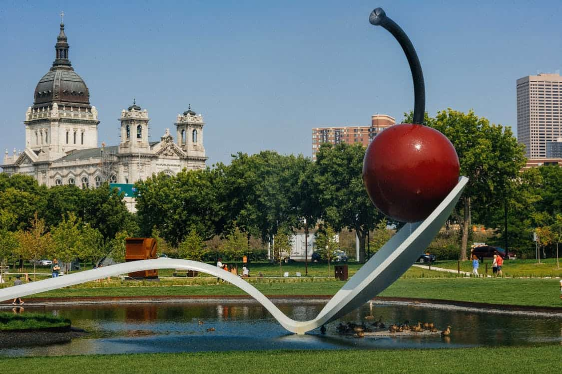 Minneapolis Sculpture Garden- Free Things to Do in Minneapolis, Minnesota