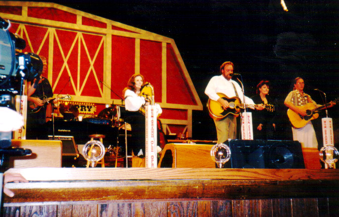 Grand-Ole-Opry - Best Things to Do in Nashville, Tennessee