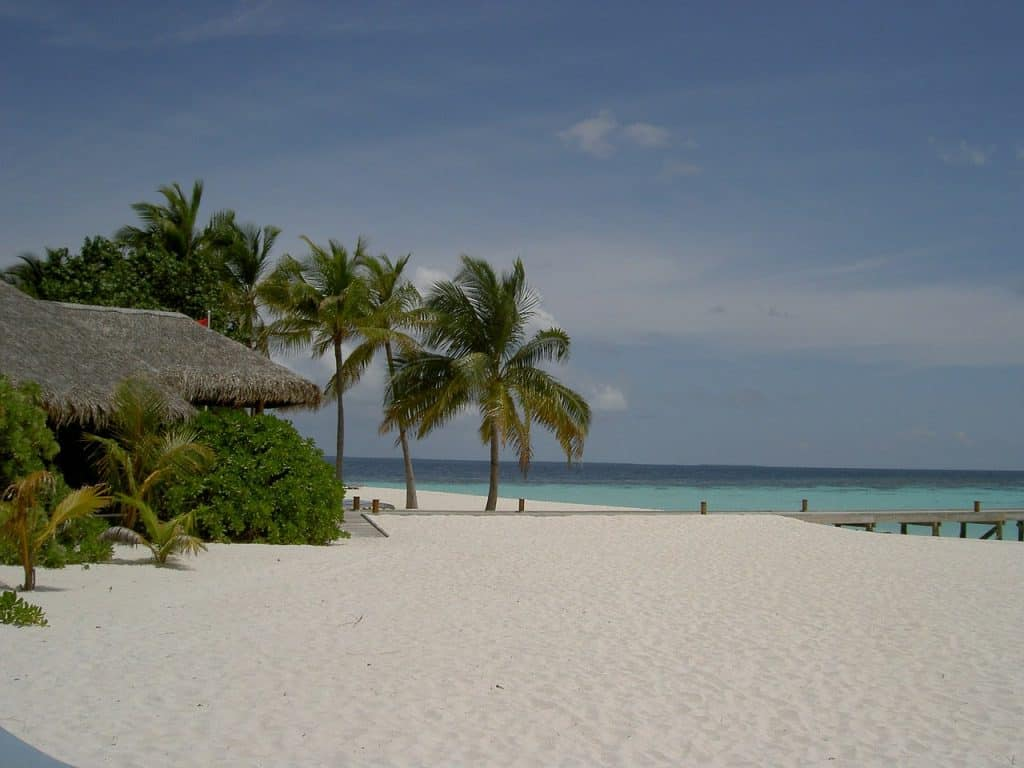 Mirihi Island Beach